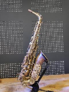 Saxophone alto Yanagisawa déverni et patiné en 2018
