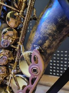 Saxophone ténor GB maillechort déverni et patiné en 2017