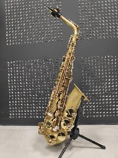 Saxophone alto Selmer SA80 SII déverni et patiné en 2019 : finition claire